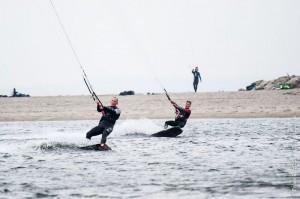 20141018 FBO 3042 300x199 - Kite&Surf