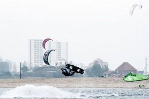 20141018 FBO 3073 300x199 - Kite&Surf